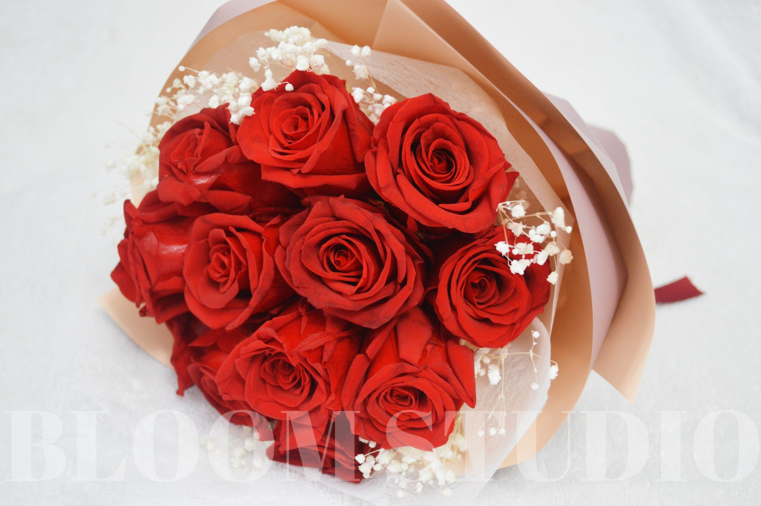12 preserved rose bouquet